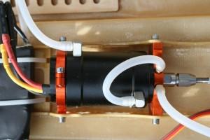 RC-Modellbau-Boot-Genesis-der-gro E-3674-KV-Brushlessmotor-300x200 in RC Modellbau Boot Genesis